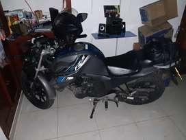 Se vende moto fz150