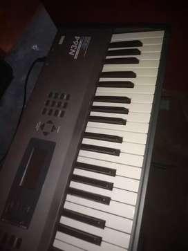 Vendo teclado Korg n364