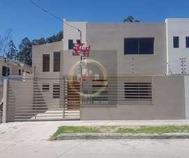 Venta de hermosa casa, Vía Ochoa León.