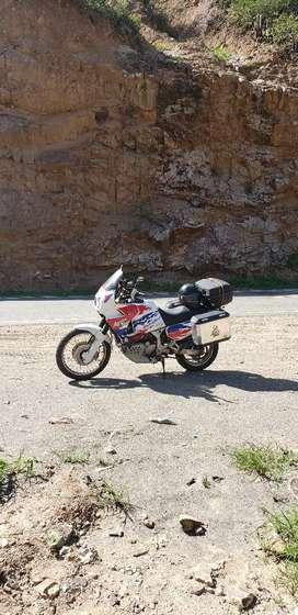 Vendo XRV 750 África twin