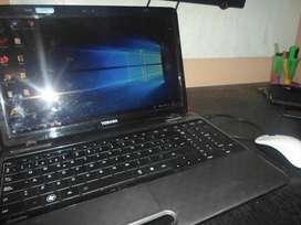 VENDO NOTBOOK TOSHIBA8GB RAM 240GB DISCO SSD