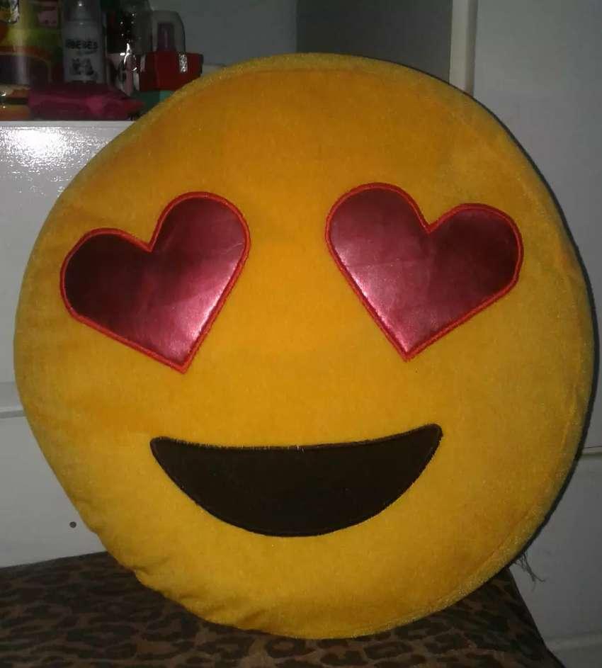 Almohadon Emoticon nuevo 0