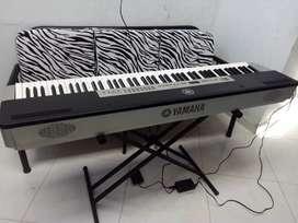 Piano Yamaha p 120
