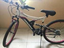 BICYCLE MAGNA --BICICLETA MAGNA