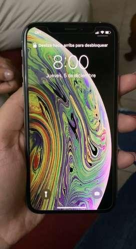 Se vende iPhone xs en buen estado