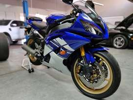 Yamaha YZF R6 2010 con 9200km INMACULADA