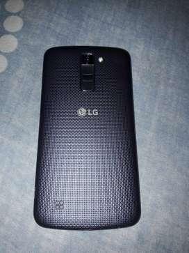 LG K10 2017, funciona perecto, detalle en pantalla, liberado