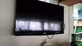 "Televisor 30 """