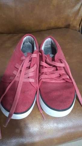 Vendo zapatillas marca roxy