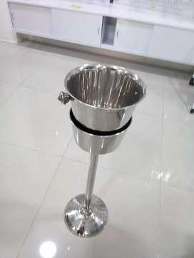hielera con pedestal en acero balde para champaña
