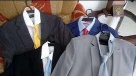 Vestidos, camisas,Zapatos, corbatas