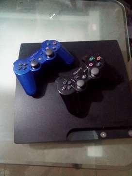 Vendo PS3 10/10  con 2 mandos y 10juegos