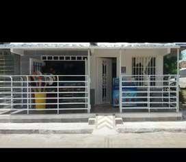 Se vende casa esquinera en Zarzal - Valle