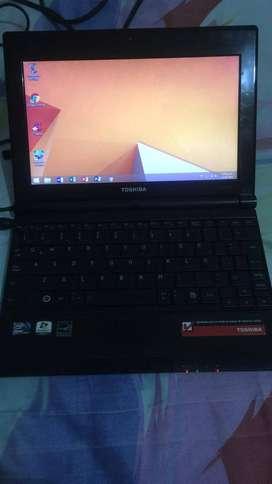 Negociables Vendo portátiles Toshiba y HP 2 años de uso y perfecto estado.