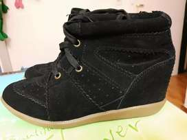 Vendo zapatillas muaa taco escondido nuevas zapatos, usado segunda mano  Comodoro Rivadavia, Chubut