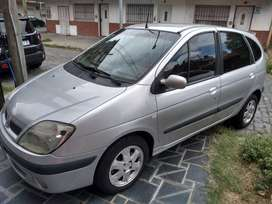 Renault Scenic 2.0 Luxe - Año 2008