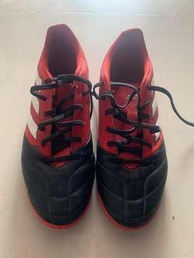 Zapatillas Adidas 43 - 44 peloteras 1 USO
