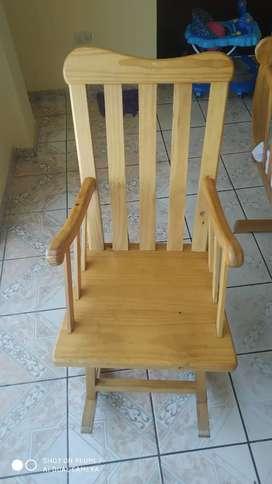 Combo de cuna y silla mesedora