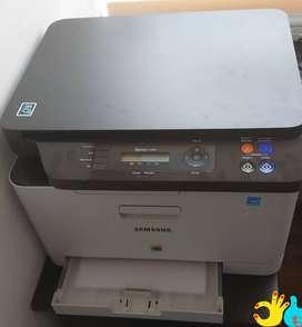Impresora Samsung multifuncional a laser