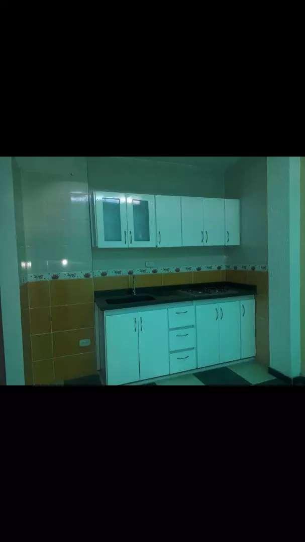 Se arrienda apartamento 0