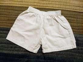 Pantalón corto blanco. Escolar. Niños de 6 años