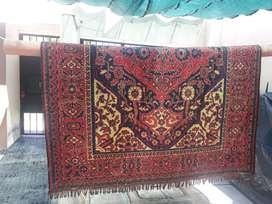 Vendo alfombra persa. Recien limpiada.Lista para usar