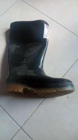 Botas de caucho nuevas