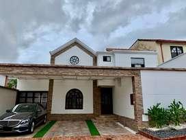 Casa en Lagos del Cacique