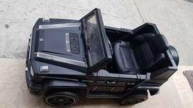 Camioneta Mercedes electrica montable a bateria