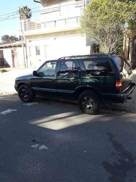 Vendo Chevrolet Blazer 4x2 2.5 Maxion