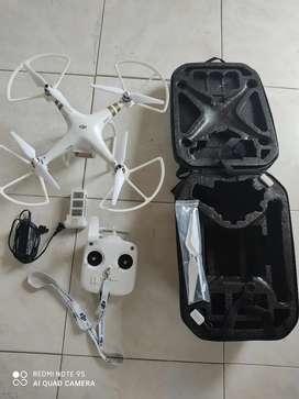 Drone DJI Phantom 3 más accesorios