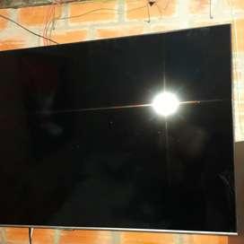 Vendo televisor de 55 pulgadas tiene 2 meses de comprado único dueño perfecto estado está nuevo tiene la garantía
