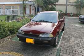 Chevrolet Swift 1995 1.300CC ROJO