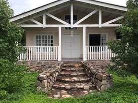 Se  vende hermosa casa estilo americana en el pueblo de La Caldera, Salta
