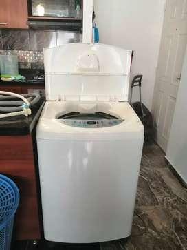 Vendo lavadora Lg 22 libras referencia WF-T9020TP