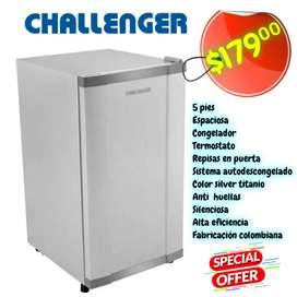 Minibar nevera refrigeradora  Challenger  colombiana