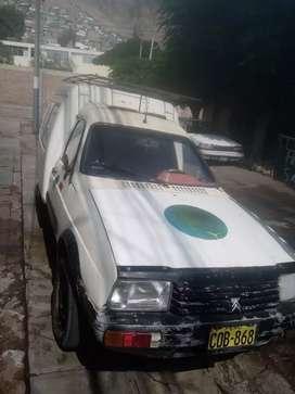 Vende furgon petrolero