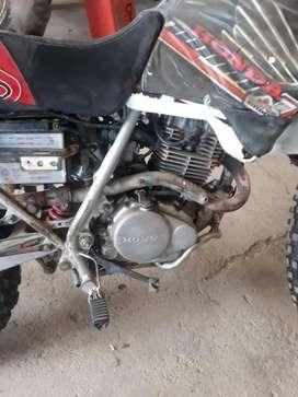 Moto Honda Xr 200