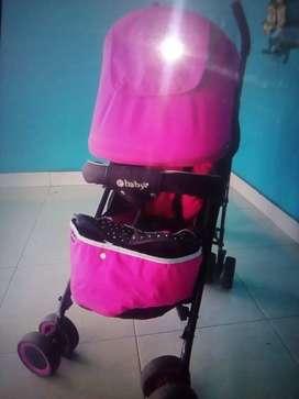 Coche paseador de niña e baby