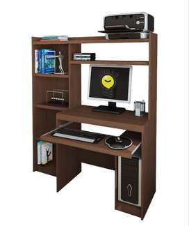 Remato. Mueble de computadora