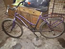 Bicicleta de dama usadita
