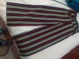 Pantalón líneas