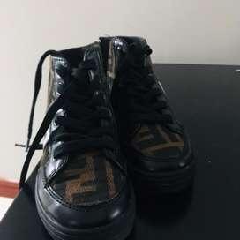 Vendo botas zapatos