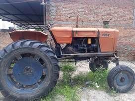 Tractor fiat 700 alto