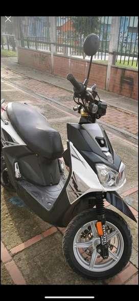 Vendo moto Bws fi