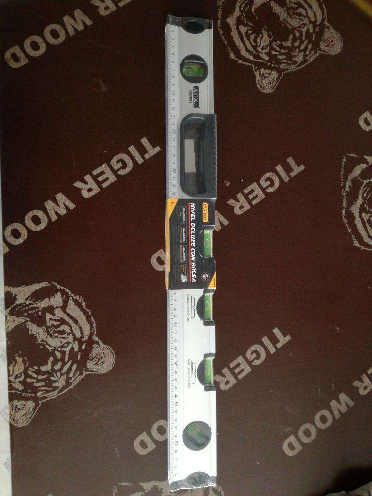 Nivel de Aluminio 24, Uystools Nuevo 0
