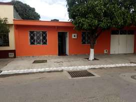 Casa Grande San Martin Meta 550 m2 Bien ubicada Venpermuto 3203408910