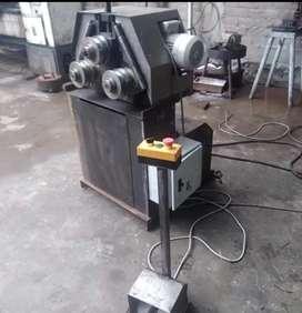 Dobladora, Roladora de tubos con motor