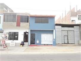 VENDO CASA-LOCAL EN PLENA AVENIDA UNIVERSITARIA ,EN VILLA EL SALVADOR.