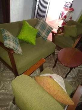 De venden muebles x motivo de vieje
